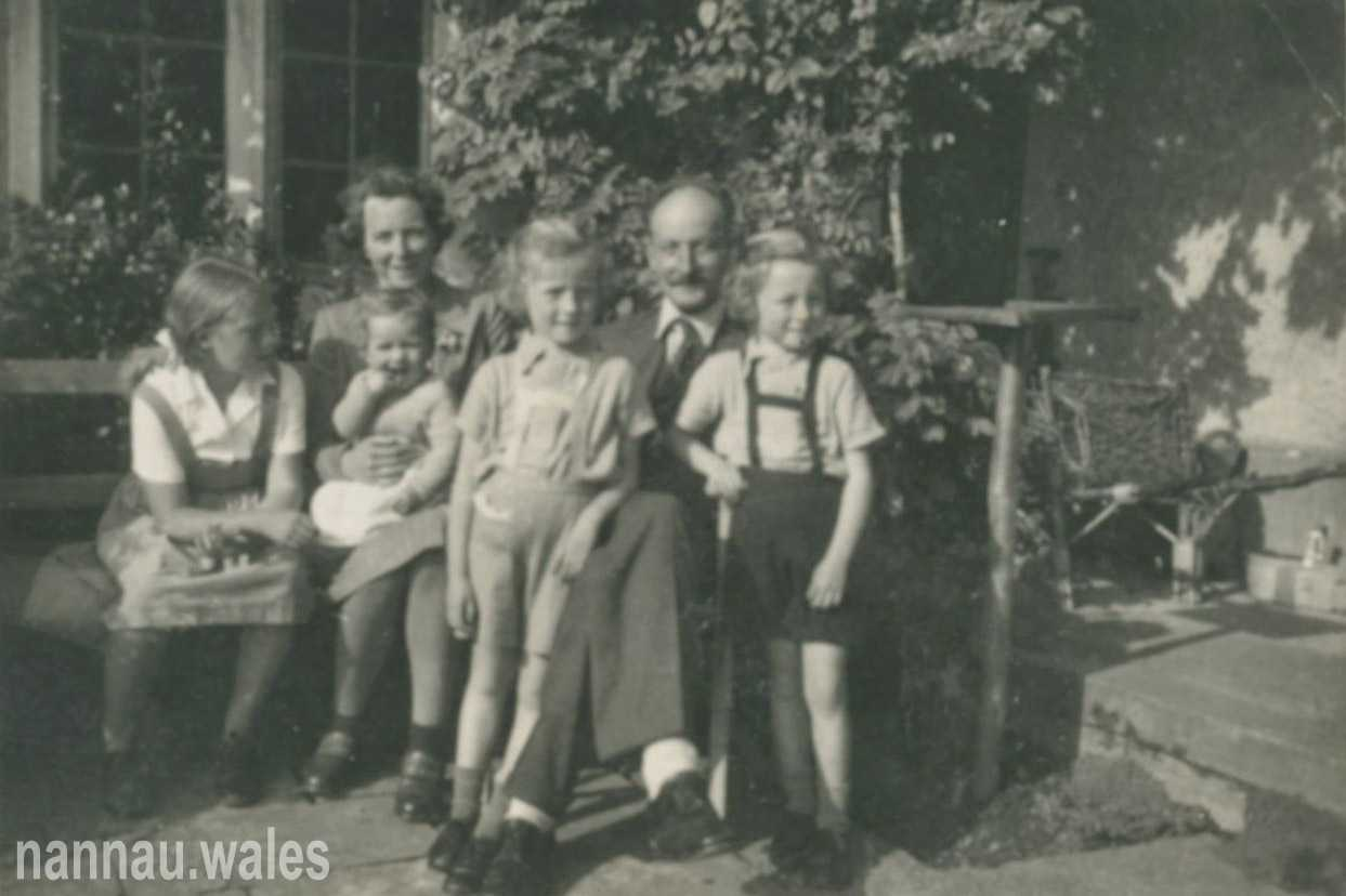 The Brigadier with his Family at Dolrhyd in 1945. Photo courtesy of Philip Nanney Williams