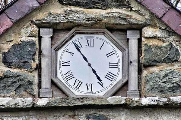 Coed y Moch's Painted Clock