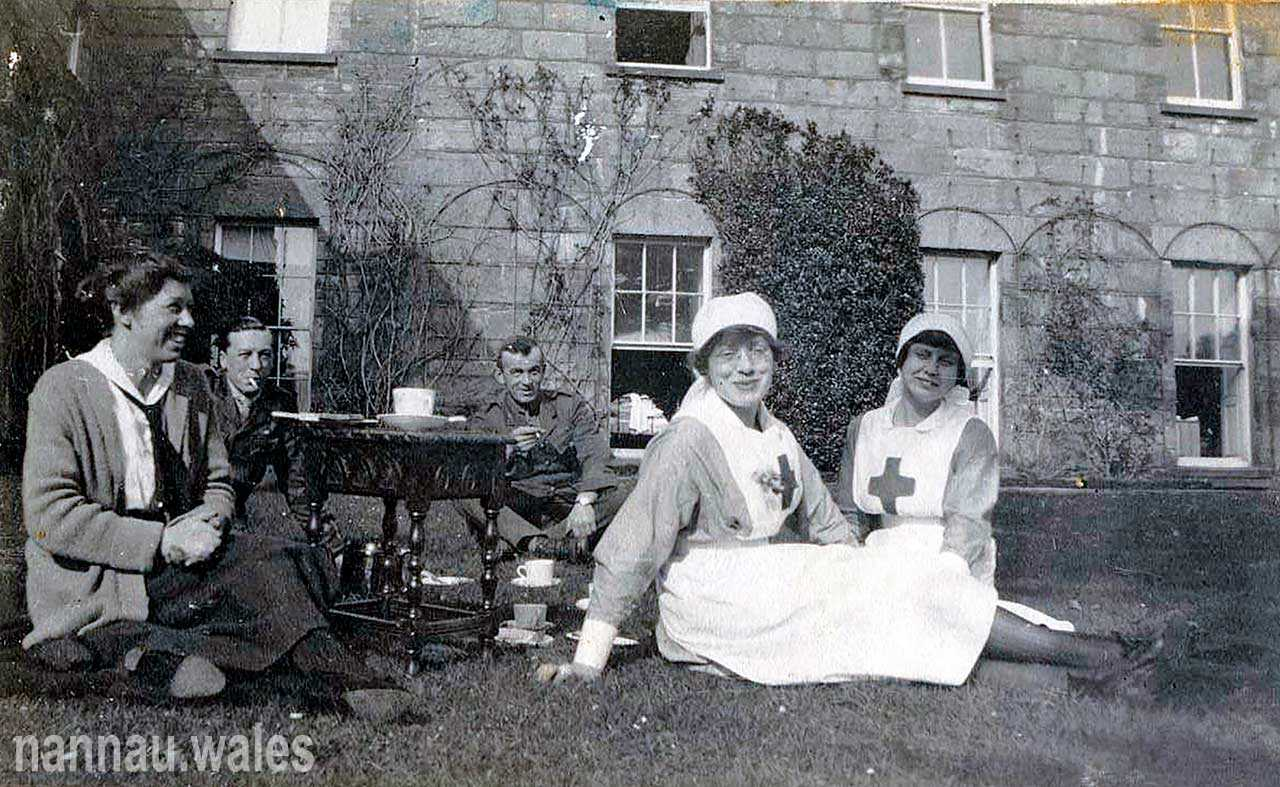 Nannau Red Cross Auxiliary Hospital 1918 - Photo Courtesy of Philip Nanney Williams