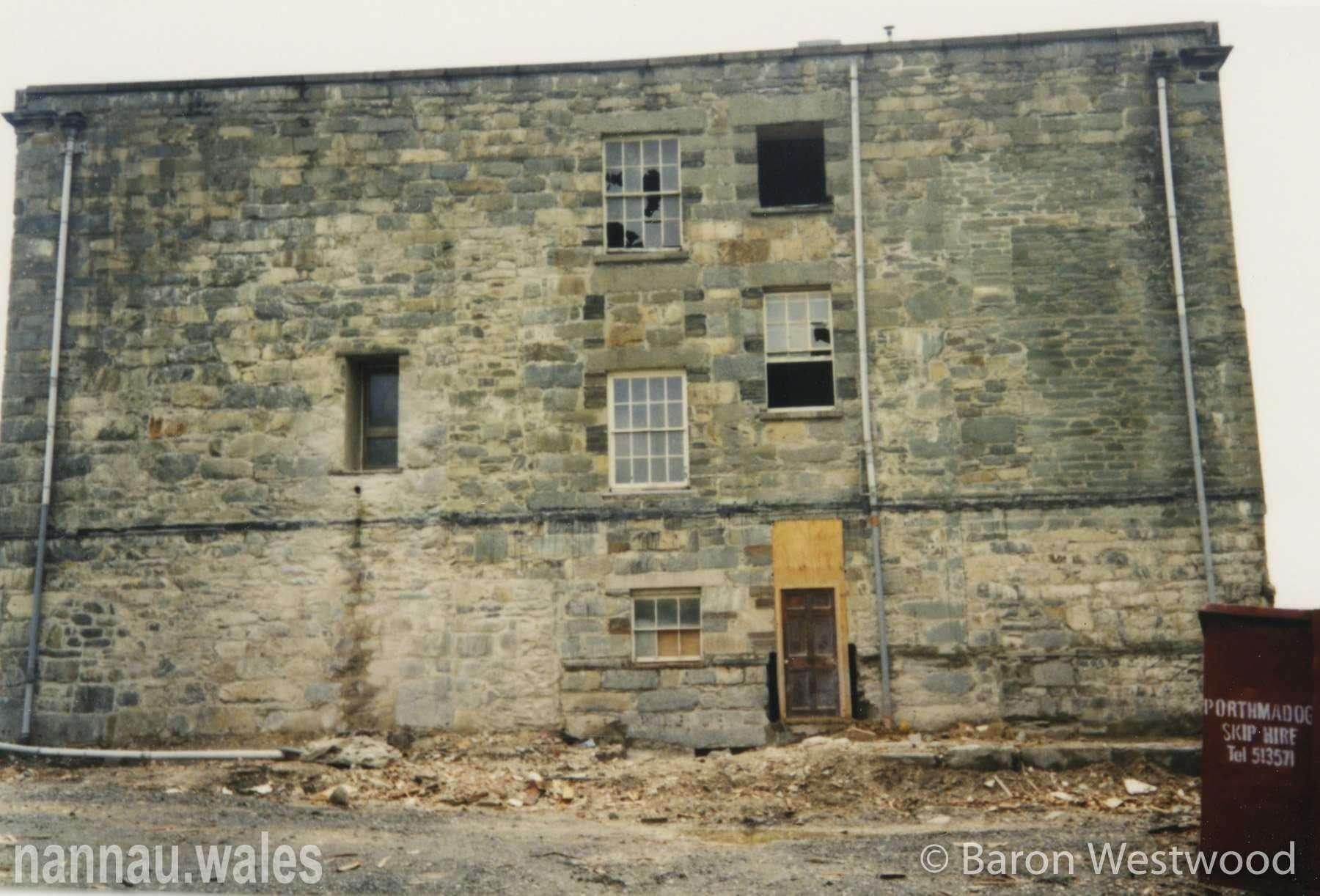 Plas Nannau Hall (Rear Wall) 1996. Photo © Baron Westwood.