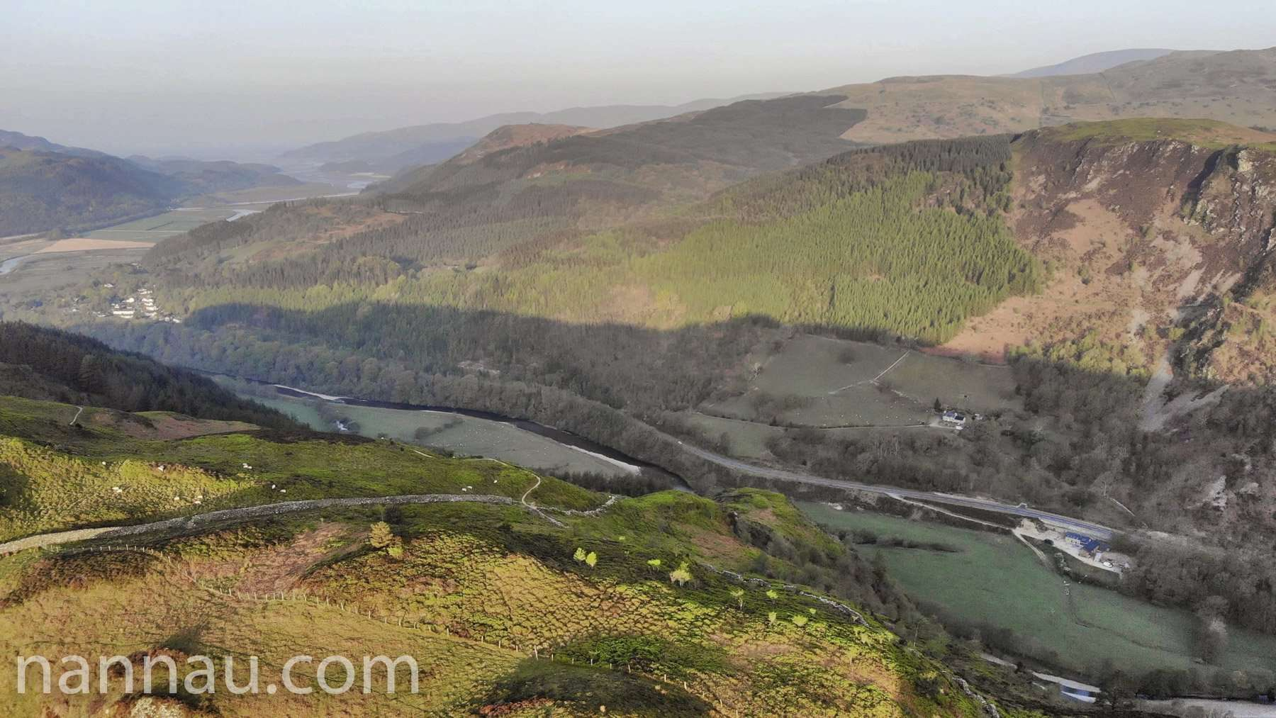 Precipice Walk in the Morning (Drone)