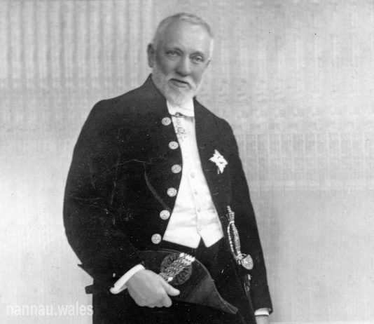 Robert Vaughan of Garthmaelan c.1920s. Photo © Philip Nanney Williams.