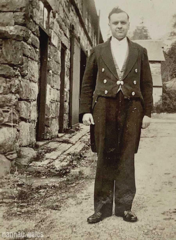Sylvanus Jones Owen at Nannau in 1935. Image courtesy of Bryan Panter.
